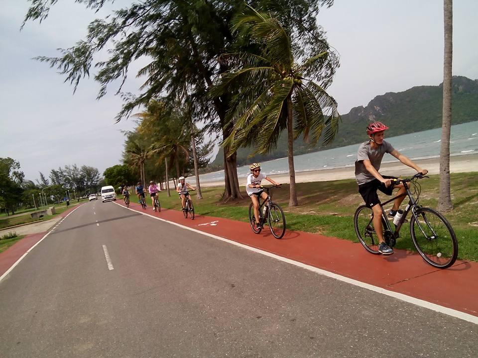 Burma to the Beach. 3 Beautiful Bays in 1 Day